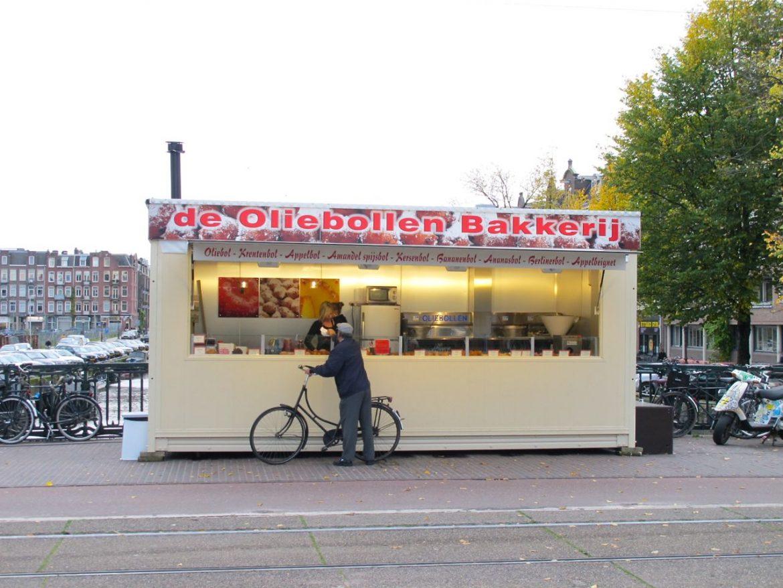Dutch oliebol street stand