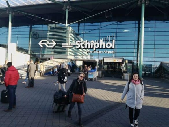How to get from the airport to Amsterdam