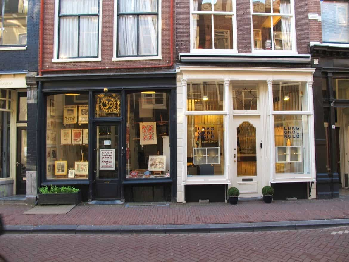 Amsterdam's 9 streets shopping district